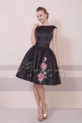 Backless Black Cocktail Dresses with Embroidery